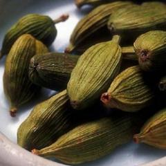 One of the best quality green cardamom seeds can