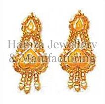 Gold Earrings 02
