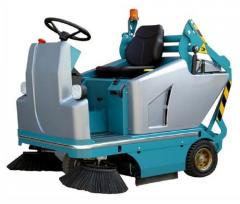 Ride-On Floor Sweeper (109 E)