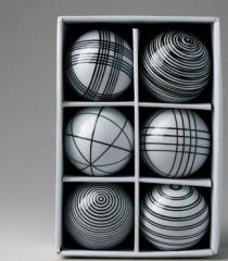 Black and white Spheres