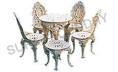 Venus/Floral Table Set