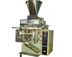 LIQUID FILLING MULTITRACK POUCH PACKING MACHINE