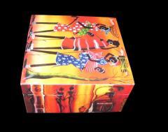 MEN WOMAN URBAN DIGITAL PRINT WOODEN BOX