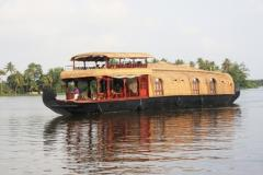 Kerala House boats and Back water tours