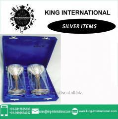 Brass 2 attractive White Wine Glasses in Blue Box