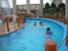 Water movers (Wave pool and lazy river)