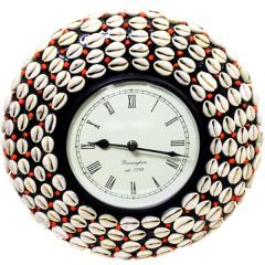Shell Covered wooden clock clock74