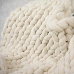 Wool Chunky Throw