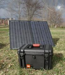 Waterproof portable solar energy supply system (150 w)