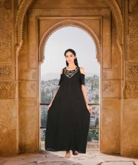 Изабелла Черный с золотой вышивкой платье макси