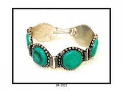 Bangles type Bracelet