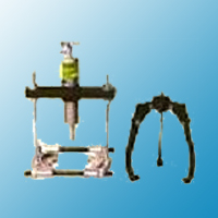 2/3 Jaw Hydraulic Puller And 2 Leg Bearing...