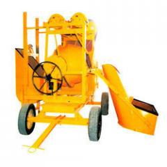Concrete mixtures machines