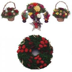 Flower Arrangements And Wreaths