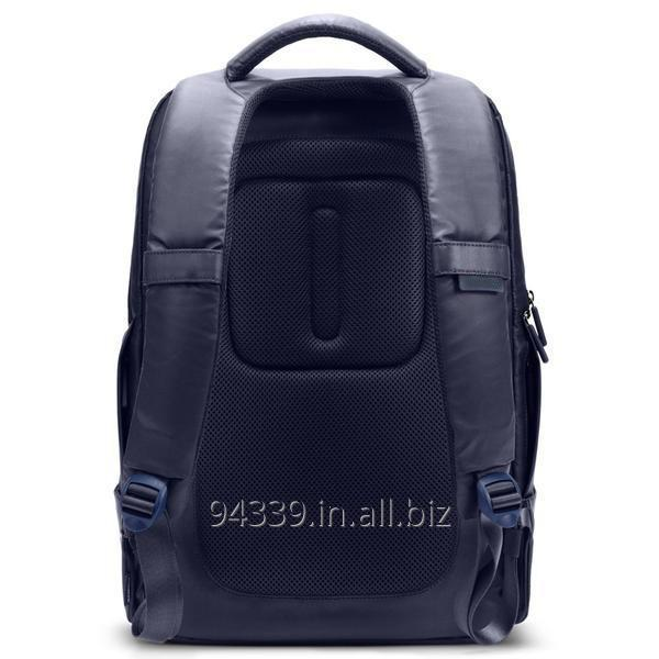laptop_and_executive_backpack