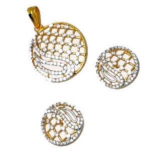 gold_pendant_set