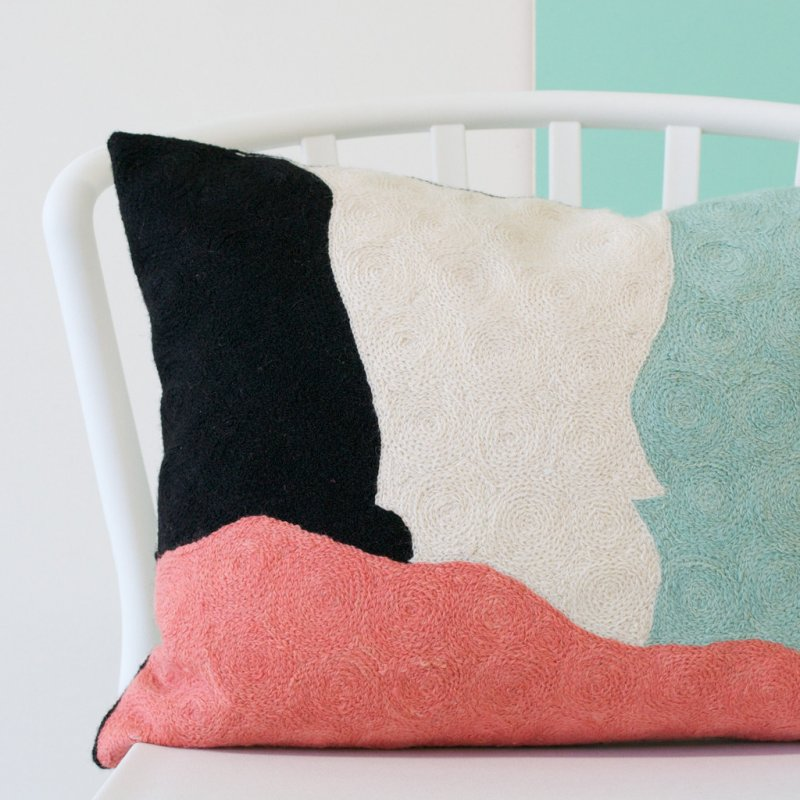 embroidered_cushion_cover