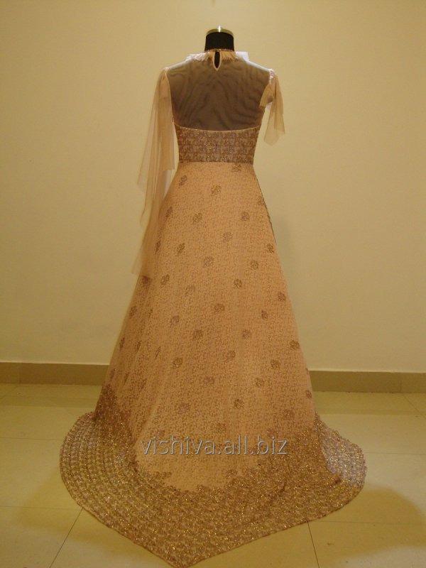 cut_dana_and_softy_work_pink_dress