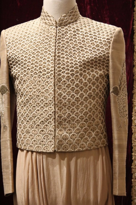 mens_short_jacket_with_cowl_kurta