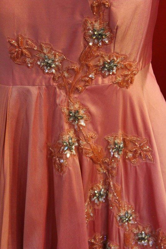 swarovski_work_coral_dress