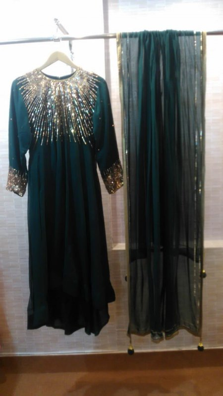 purssian_blue_and_emerald_green_georgette_flaired