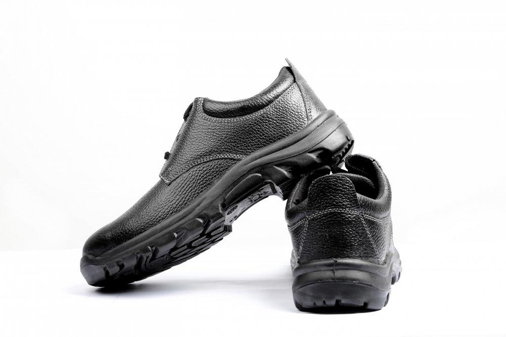 aglet_raptor_industrial_safety_shoes