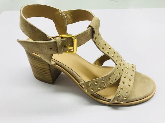 womens_sandels_with_high_heel