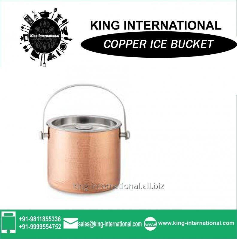 copper_ice_bucket_for_wine_and_beers