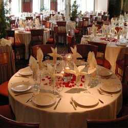 Order Catering Services And Kitchen Services