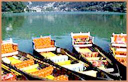 Order River rafting of gangas