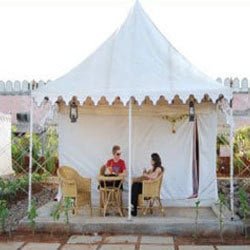 Order Luxury Family Tent Accomodation