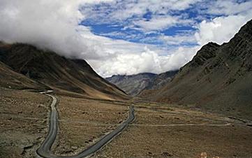 Order The trans Himalayan jeep safari tours
