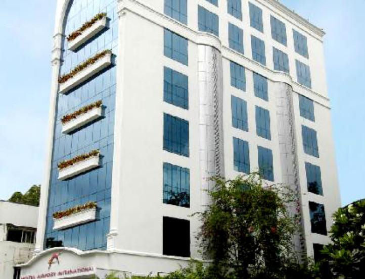 Order Mumbai Budget Hotels
