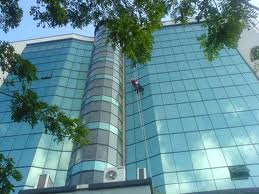 Order Facade cleaning