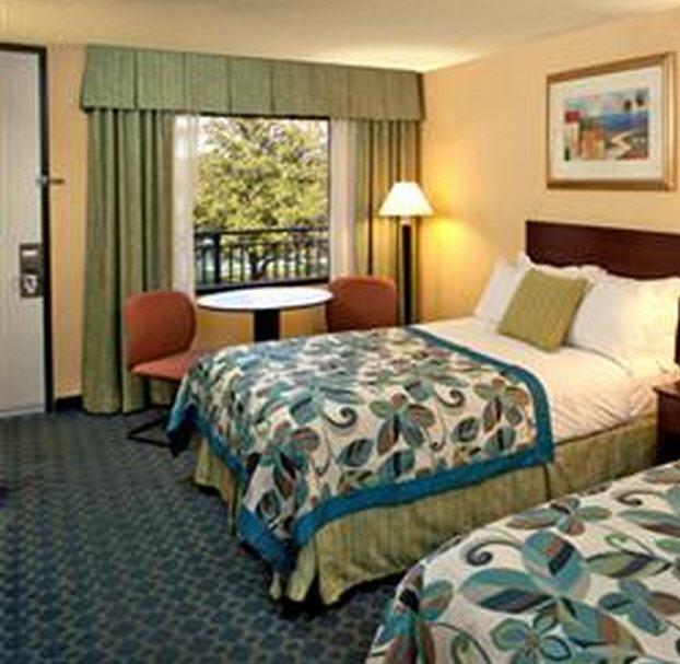 Order Hotel Room Premium
