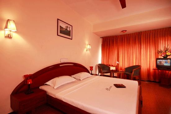 Order Hotel rooms: apartments - A/c, non A/c rooms