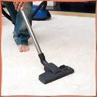 House cleaning - Carpet/upholstery shampooing