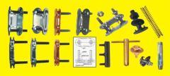 Solid plate conveyor belt fasteners